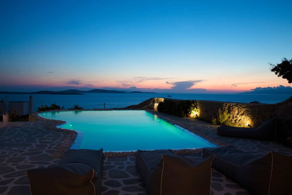 Spektakuläre Lage gegenüber der Insel Delos
